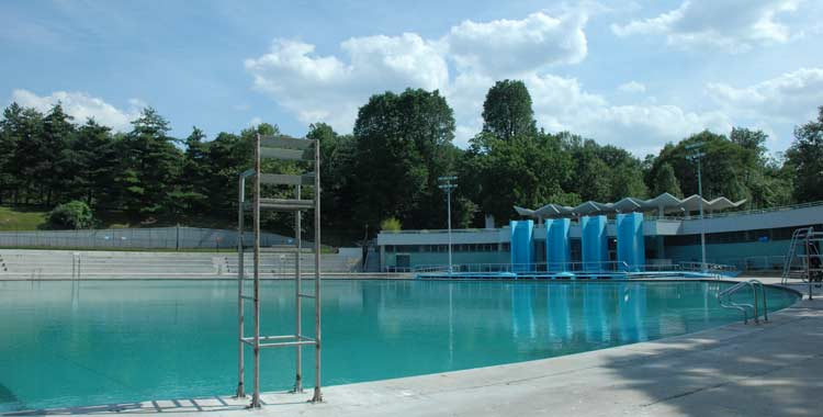 Lasker Pool in summer