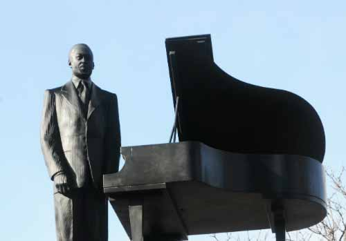 Duke Ellington Statue