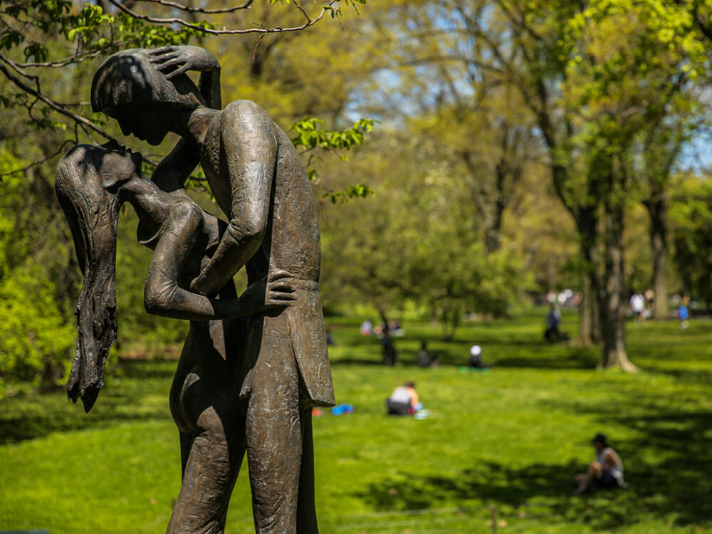 The immortal couple in a bronze embrace