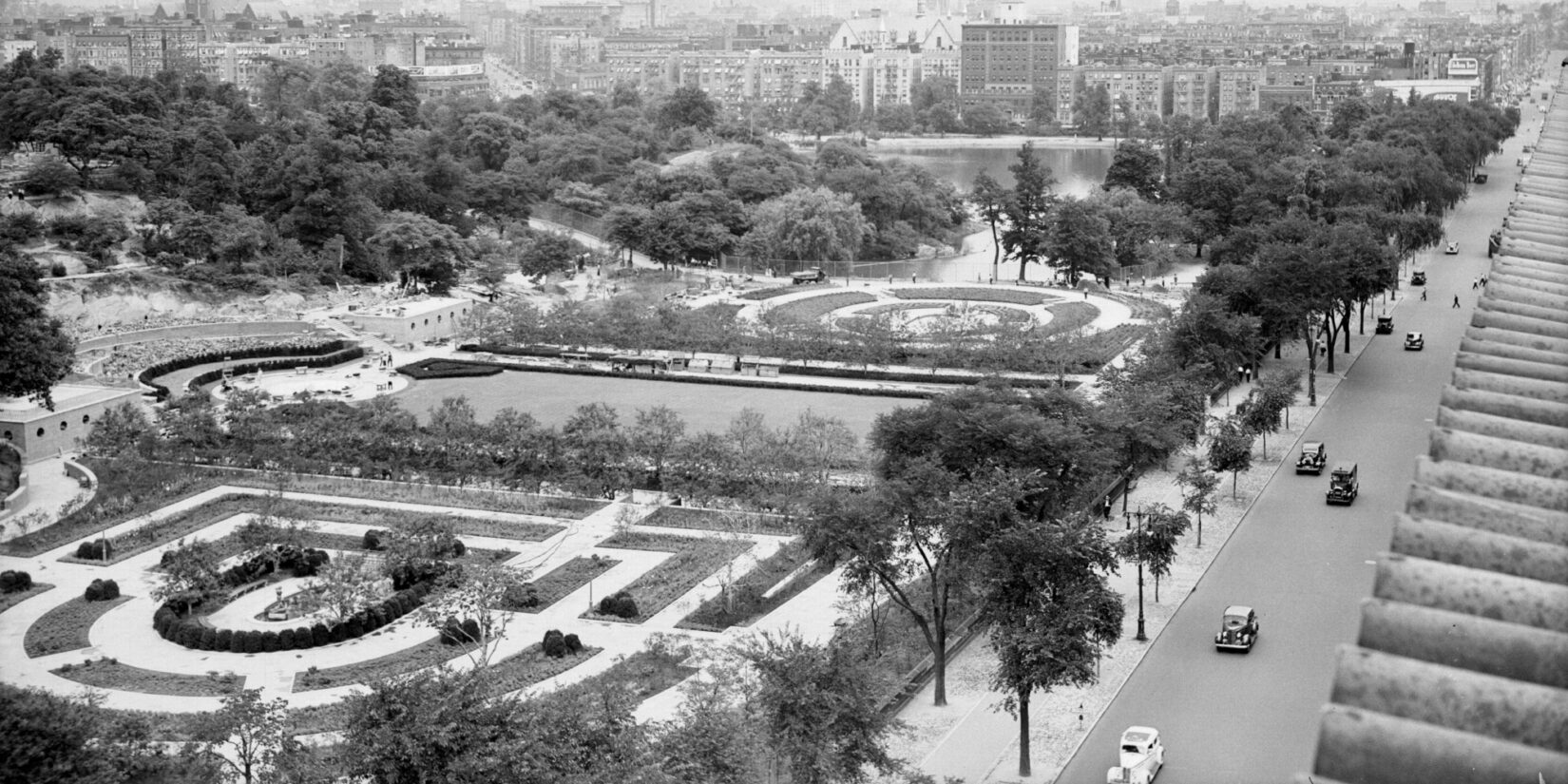 An aerial, black-and-white photo of the garden under construction.