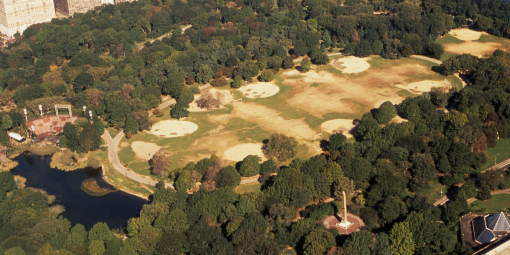 An archival aerial photo of the Great Lawn showing more dust than grass.
