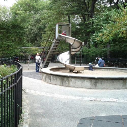 The corkscrew sliding pond before reconstruction